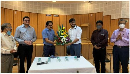 Prakash Magdum gets additional charge of Regional Outreach Bureau